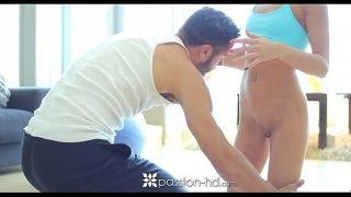 Passon-HD – Sexy blonde teen Kacey Jordan gets a racy workout
